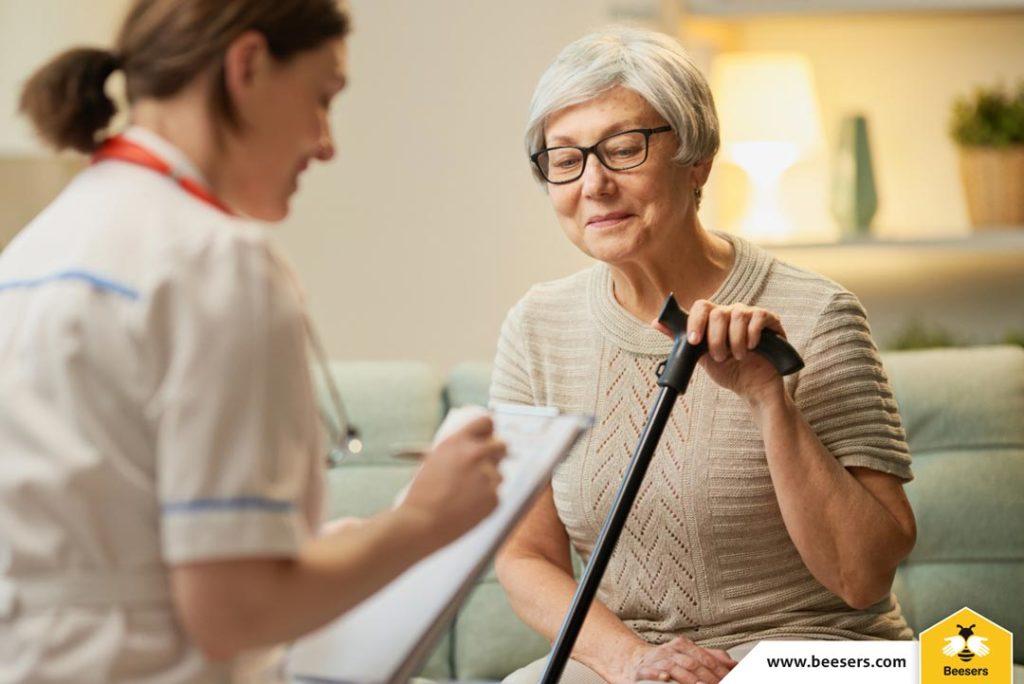 4+1 motive pentru care să alegi serviciile medicale la domiciliu prin Beesers